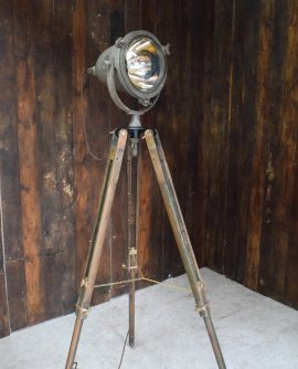 Tripod Flood Light - Mine Sweeper