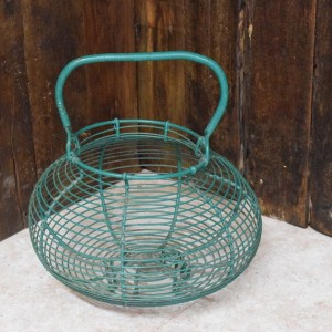 french wire egg holder