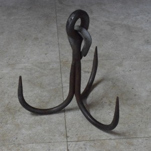 Hand Forged Cast Iron Vintage Grappling Hook