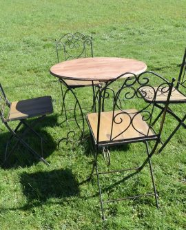 Vintage French Wrought Iron Table and Four Chairs