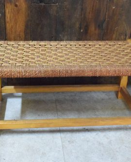 Small Woven Top Footstall