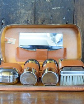 Two Tix Vintage Gents Grooming Kit