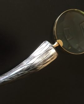 Vintage  Magnifying Glass with Imitation Cow Horn Handle